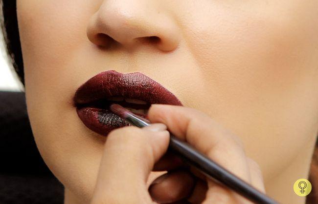 cor preta nos lábios