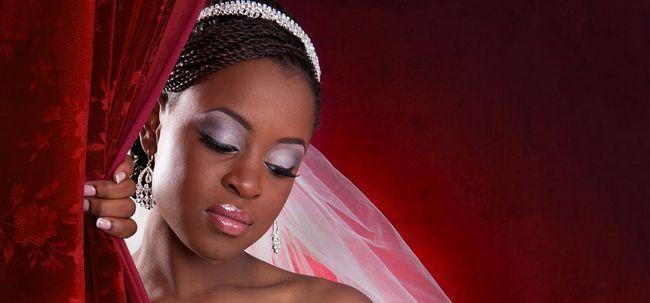 Maquiagem nupcial nigeriana - Um passo a passo simples tutorial Photo
