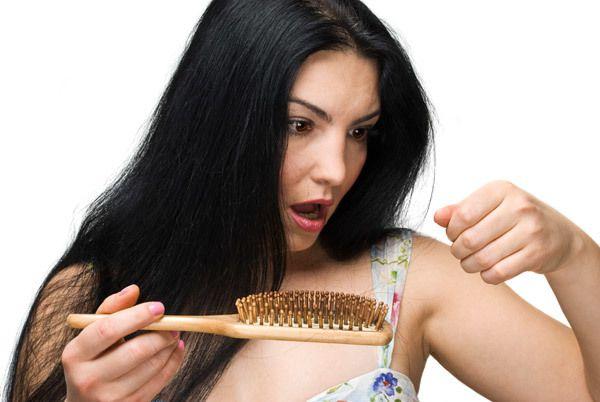 alopecia ou queda de cabelo