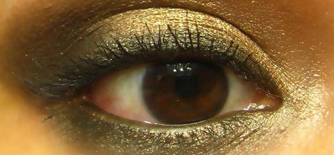 Abafado Bronze Smokey Eye Maquiagem - Tutorial Com Etapas detalhadas e imagens Photo