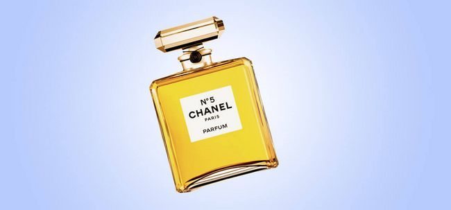 Top 10 Cologne For Women Photo