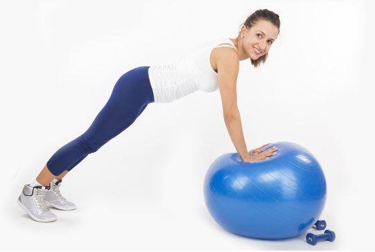 exercício prancha em movimento