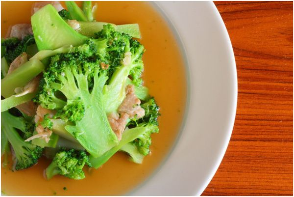 Salada dos bróculos chinês