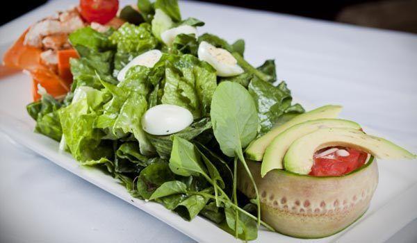 Salada clássica Cobb