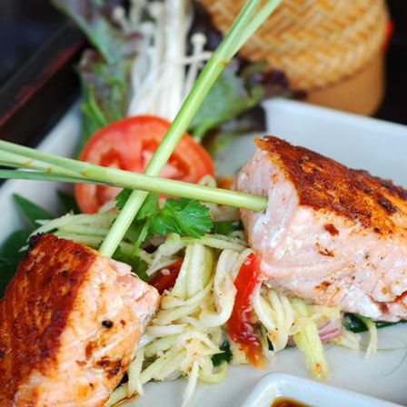 Salada Salmon Tropical