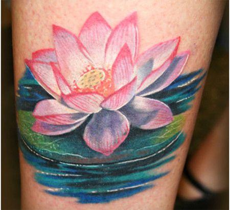 tatuagem da flor de lótus grande