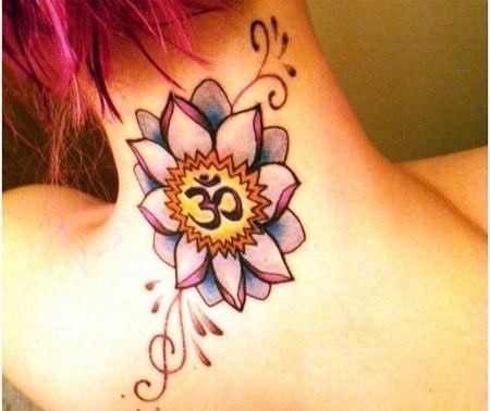 significado om e tatuagem de lótus