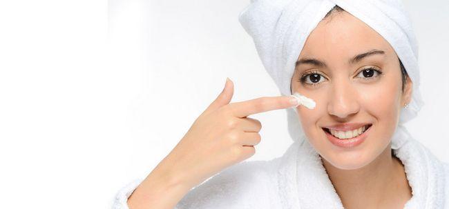 Top 10 cremes para a pele para a pele indiana Photo