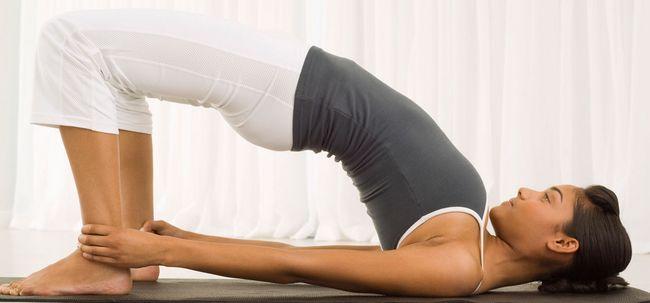 Top 10 Yoga Poses para aumentar a fertilidade Photo
