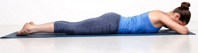 Makarasana pose da ioga