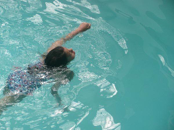 nadando para perda de peso