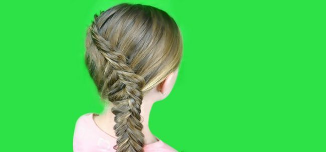 Tutorial: Inside Out Fishtail Braid Photo