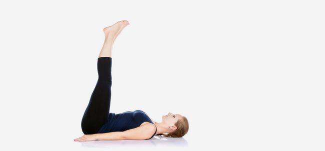 Viparita Karani / Pernas-Up-the-Wall Pose - Como fazer e quais são seus benefícios? Photo