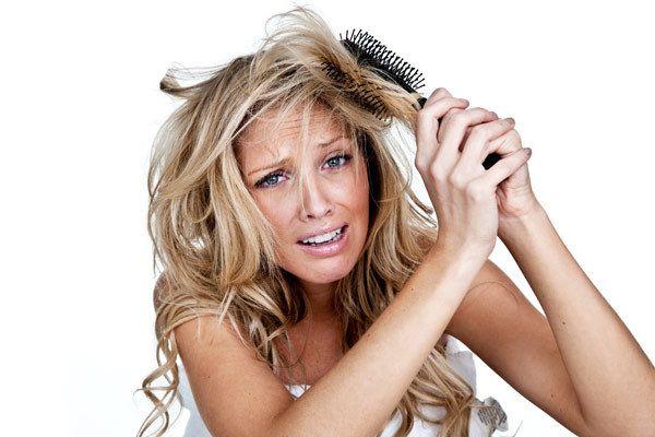cabelos secos e danificados